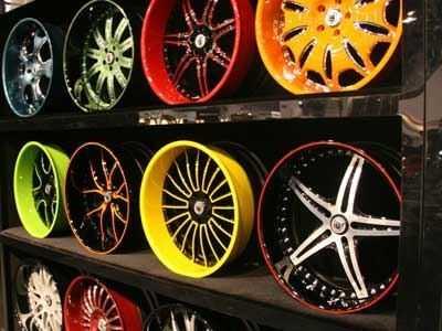 Полимерная покраска дисков надежно защищает от повреждения