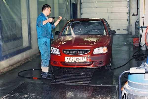 Технология подготовки автомобиля к покраске: очистка от грязи