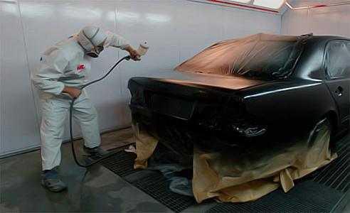 Полная покраска автомобиля нужна при массивном повреждении лакокрасочного покрытия