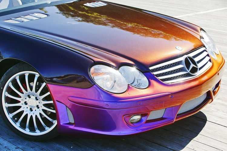 Автомобиль покрашен в цвет хамелион