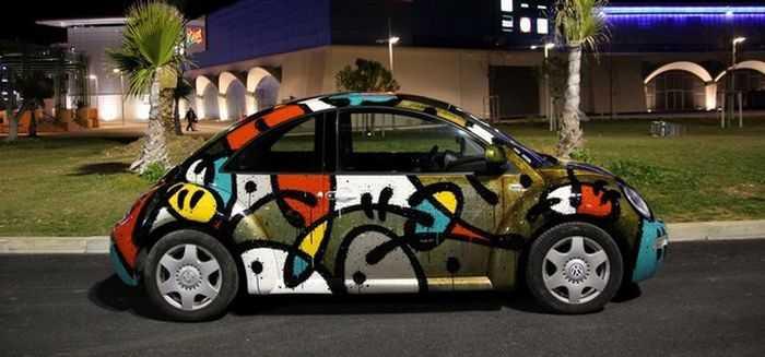 Разноцветное покрытие машины