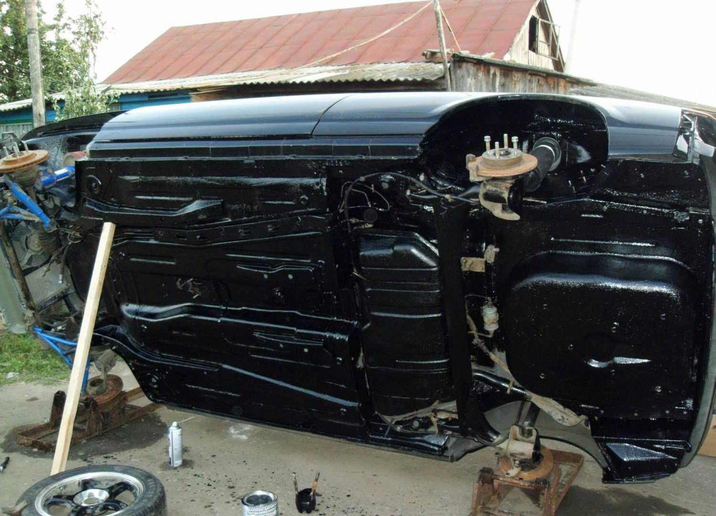Защищенное герметиком днище авто