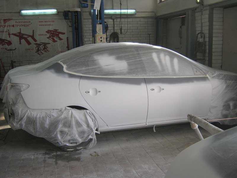 Перед покраской авто покрывают грунтовкой
