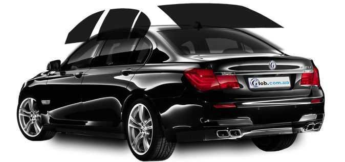 Тонированный автомобиль смотрится элегантно и дорого
