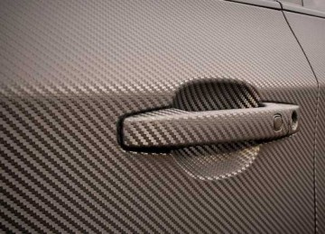 Как быстро и правильно наклеить карбоновую пленку на автомобиль своими руками