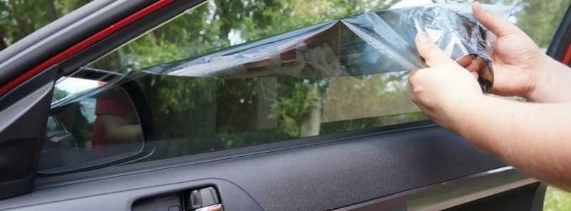 Как без проблем убрать старую тонировку со стекол авто своими руками