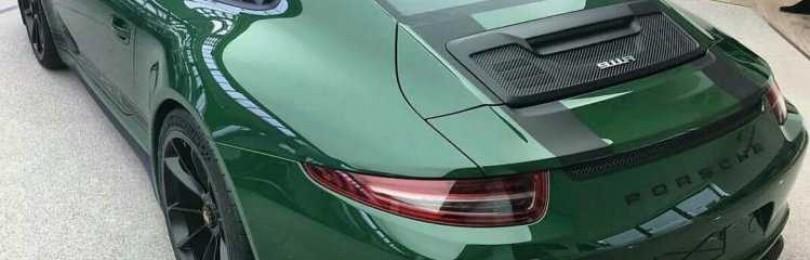Модный цвет авто – глянцевый и матовый зеленый металлик