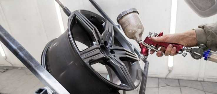 Покраска литого диска авто в камере