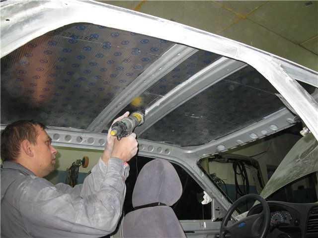 Покраска салона автомобиля начинается с полного демонтажа отделки