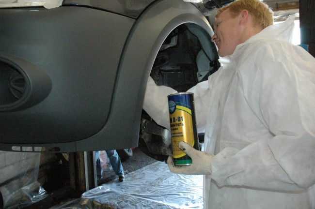 Антикор автомобиля защищает уязвимые участки кузова