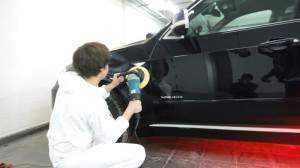 Очистка от краски двери авто перед покраской