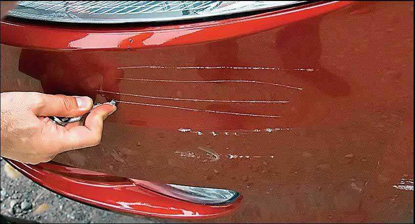 Такое повреждение можно исправить без покраски