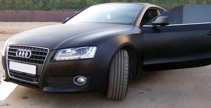 Автомобиль с матовой кожей выглядит стильно и элегантно