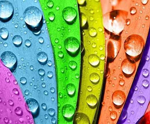 Капельки воды на силиконовом покрытии просто соскальзывают