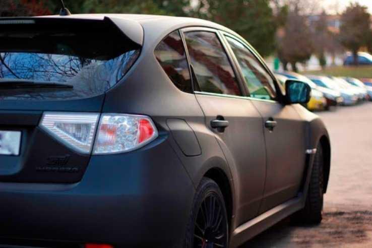 Авто, покрытое жидким пластиком