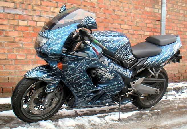 Тюнинг мотоцикла включает оригинальную окраску корпуса