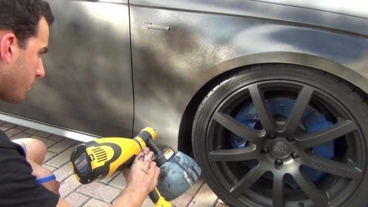 Процесс покраски авто электрокраскопультом